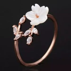 Rose Gold Flower Marquise Ring